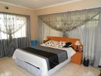 Main Bedroom - 20 square meters of property in Boksburg