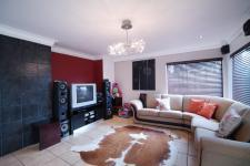 TV Room - 24 square meters of property in Willow Acres Estate