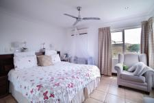 Main Bedroom - 32 square meters of property in Willow Acres Estate