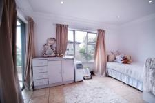 Bed Room 2 - 20 square meters of property in Willow Acres Estate