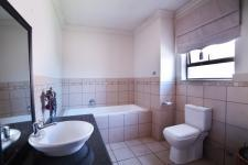 Main Bathroom - 9 square meters of property in Silverwoods Country Estate