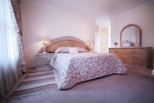 Main Bedroom - 25 square meters of property in Woodhill Golf Estate