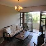 Lounges - 21 square meters of property in Lynnwood Glen