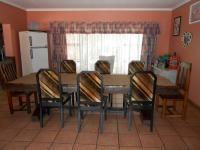 Dining Room - 32 square meters of property in Glen Donald A.H