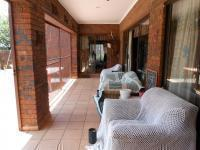 Patio - 29 square meters of property in Glen Donald A.H