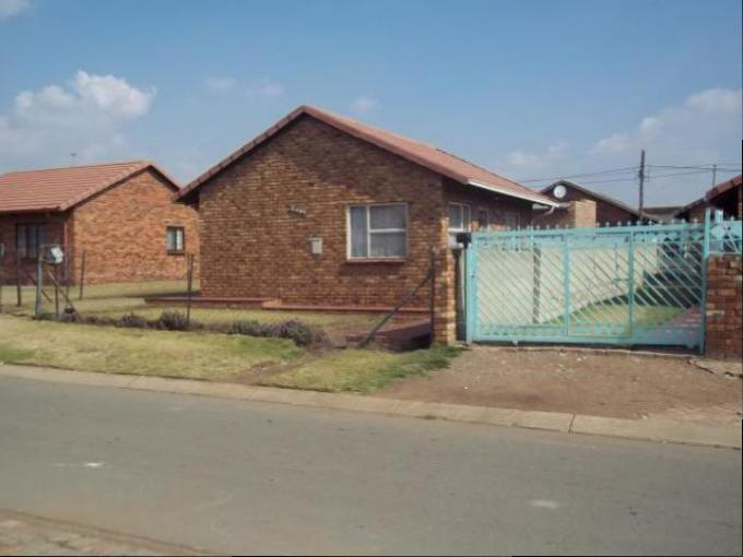 2 Bedroom House For Sale in Tsakane - Home Sell - MR120786