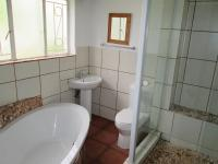Main Bathroom - 6 square meters of property in The Orchards