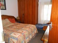 Main Bedroom - 14 square meters of property in Florauna