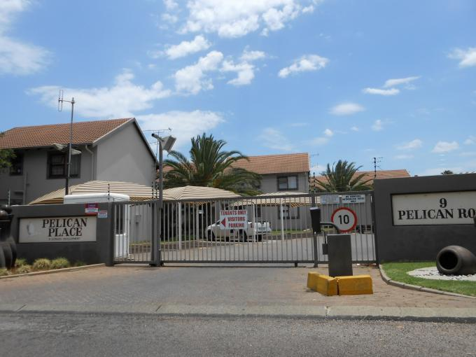 Standard Bank EasySell 3 Bedroom Apartment for Sale in Centurion Central (Verwoerdburg Stad) - MR120819