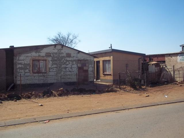 2 Bedroom House for Sale For Sale in Vosloorus - Private Sale - MR120824