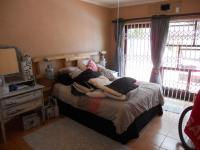 Main Bedroom - 16 square meters of property in Uvongo