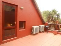 Patio - 26 square meters of property in Sunninghill