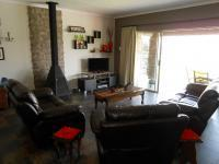 Lounges - 50 square meters of property in Henley-on-Klip