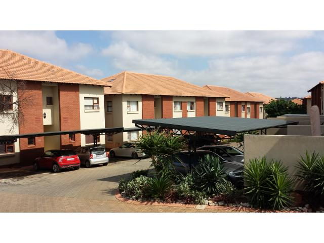 2 Bedroom Sectional Title for Sale and to Rent For Sale in Moreletapark - Home Sell - MR120866