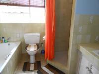 Main Bathroom - 8 square meters of property in Dalpark