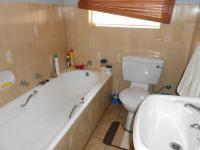 Bathroom 1 - 3 square meters of property in Dalpark