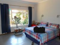 Main Bedroom - 22 square meters of property in Wonderboom