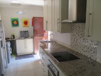 Kitchen - 20 square meters of property in Equestria