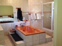 Bathroom 1 - 7 square meters of property in Polokwane