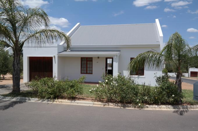 2 Bedroom House for Sale For Sale in Malmesbury - Private Sale - MR120963