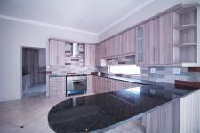 Kitchen - 25 square meters of property in Willow Acres Estate