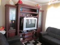 Lounges - 13 square meters of property in Lenasia South