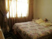 Bed Room 1 - 19 square meters of property in Lenasia South