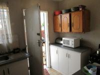 Kitchen - 13 square meters of property in Lenasia South