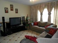 Lounges - 17 square meters of property in Kempton Park