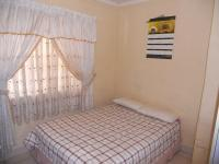 Bed Room 1 - 9 square meters of property in Isipingo Beach