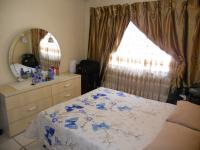 Main Bedroom - 10 square meters of property in Isipingo Beach