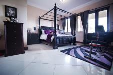 Bed Room 2 - 37 square meters of property in Boardwalk Manor Estate