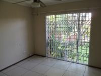 Main Bedroom - 18 square meters of property in Waterkloof Heights