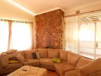 Lounges - 55 square meters of property in Horison View