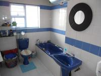 Bathroom 1 - 5 square meters of property in Pinetown