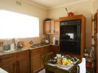 Kitchen - 13 square meters of property in Oakdene
