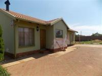 3 Bedroom 1 Bathroom in Lawley