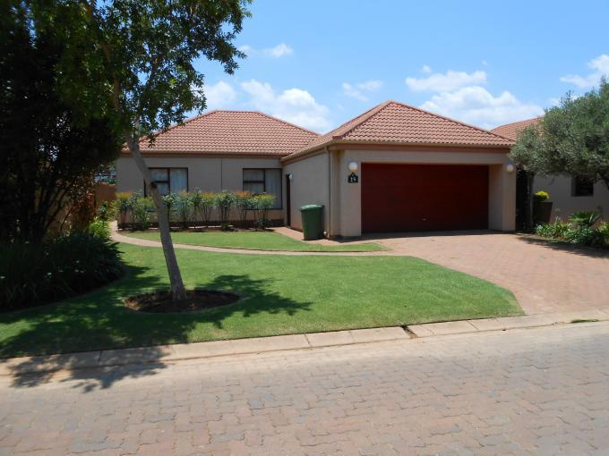 Standard Bank EasySell 3 Bedroom House For Sale in Pecanwood Estate - MR121349