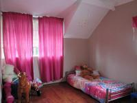 Bed Room 1 - 13 square meters of property in Risiville
