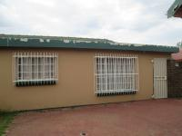 Spaces - 24 square meters of property in Risiville