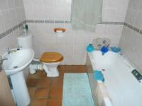Bathroom 2 - 5 square meters of property in Rietfontein