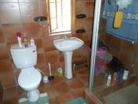 Bathroom 3+ - 8 square meters of property in Rietfontein