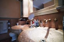 Main Bathroom - 16 square meters of property in Woodhill Golf Estate