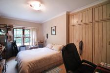 Bed Room 2 - 20 square meters of property in Woodhill Golf Estate