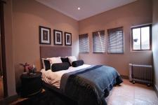 Bed Room 3 - 21 square meters of property in Woodhill Golf Estate