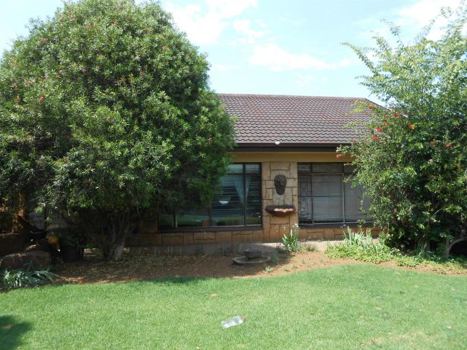 3 Bedroom House for Sale For Sale in Three Rivers - Home Sell - MR121448