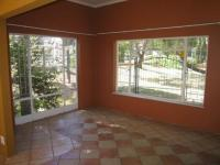 Dining Room - 21 square meters of property in Waterkloof