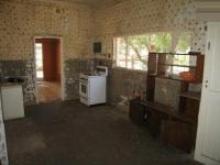 Kitchen - 34 square meters of property in Waterkloof
