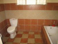 Bathroom 1 - 10 square meters of property in Waterkloof
