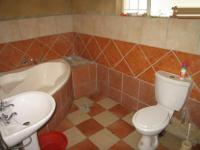 Main Bathroom - 7 square meters of property in Waterkloof